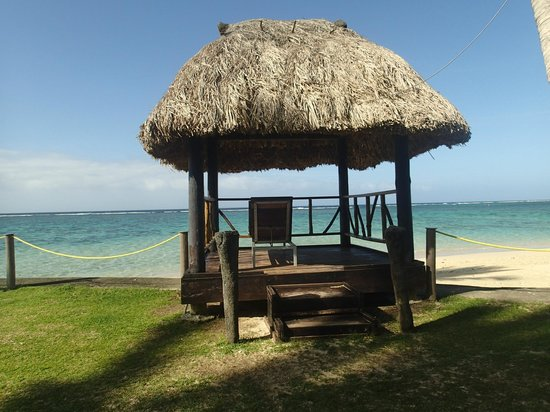 Fiji Hideaway Resort & Spa: afternoon seranaders spot and also used for wedding photos