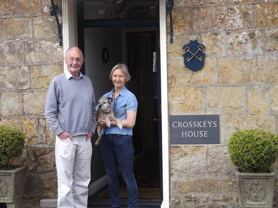 Crosskeys House: Our hosts , Liz & Robin
