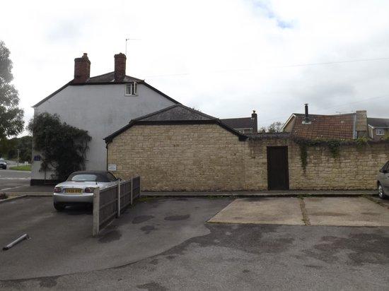 Crosskeys House: Parkig Spot Left of Silver Car.