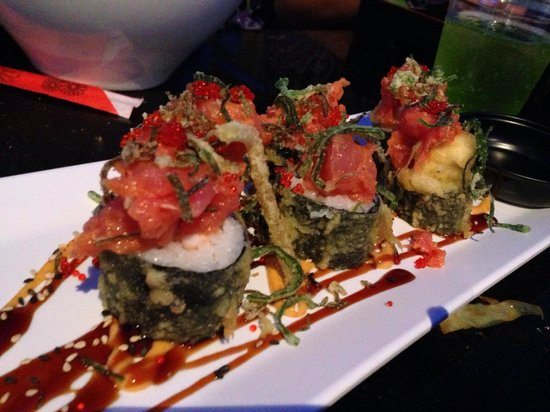 Zombie Roll Picture Of Bento Asian Kitchen Sushi
