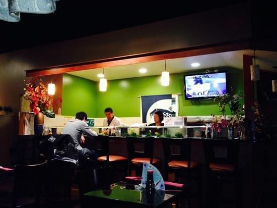 Fuji Sushi: the sushi bar