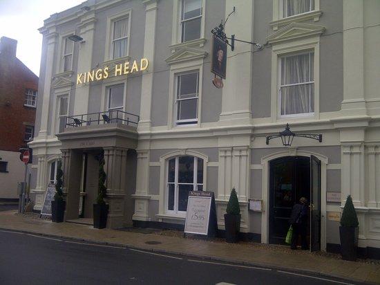 Kings Head Hotel: exterior