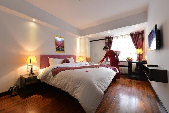 Golden Sun Suites Hotel: Junior Suite Room