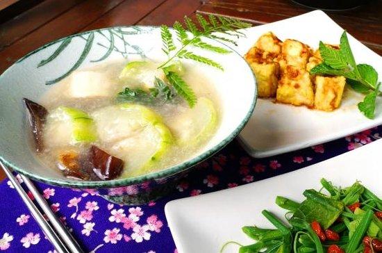 Shizi Hongle B&B : 時蔬-菜瓜湯