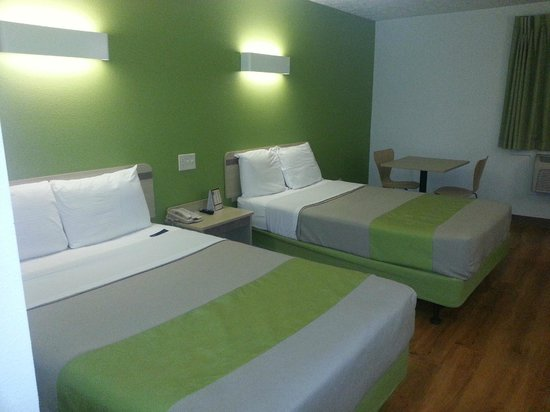 Motel 6 Pittsburgh Airport: RM 217