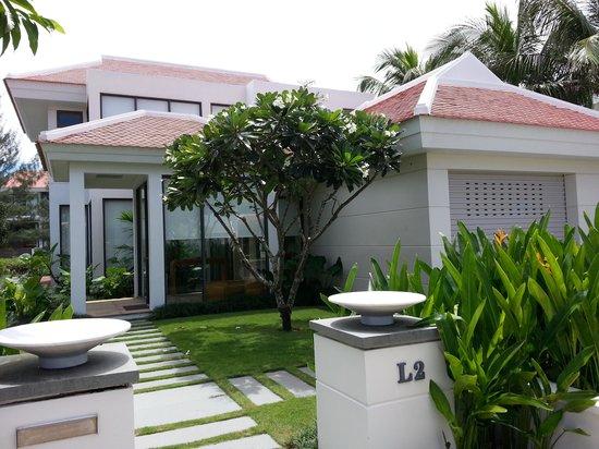 The Ocean Villas: front view