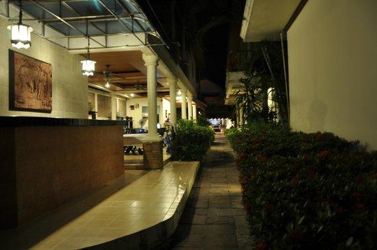Baan Fah Resort Samui : Отель и местность