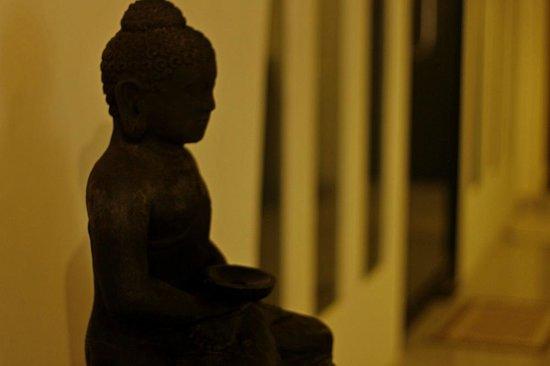 Taman Buddha : Meditating Buddha