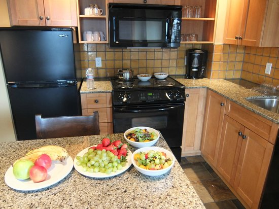 Sundial Boutique Hotel: fully equipped kitchen