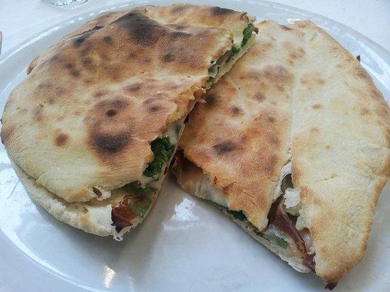 Piccola Piedigrotta: pane arabo