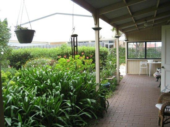 Victoria House: Garden area