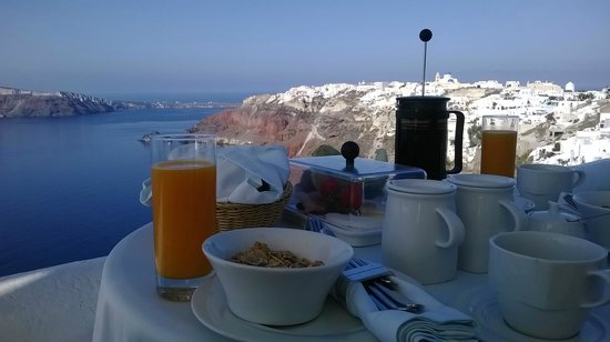 Ikies - Traditional Houses : Breakfast on the terrace