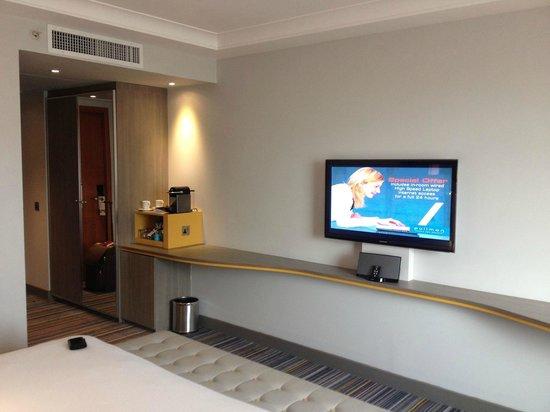 Pullman London St Pancras Hotel: TV