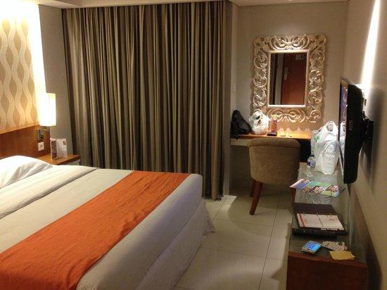 Adhi Jaya Sunset Hotel: r