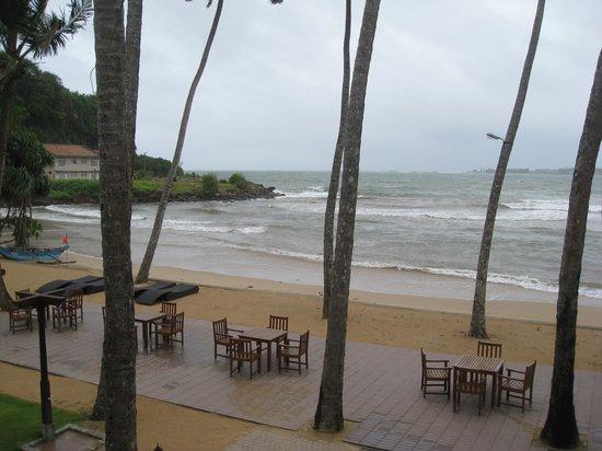 CoCo Bay Unawatuna : View from upstairs room