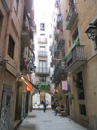 Inside Barcelona Apartments Esparteria: View from street