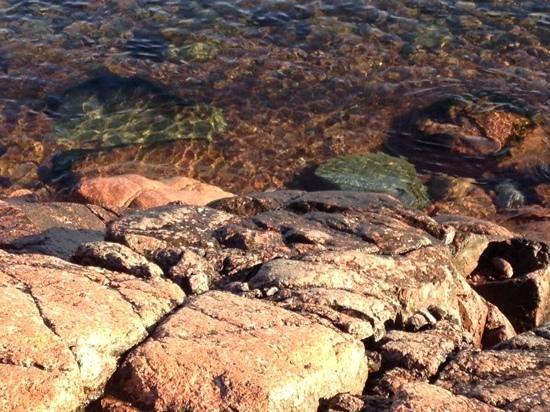 HavsVidden, BW Premier Collection : Solvarma klippor sista helgen i oktober.