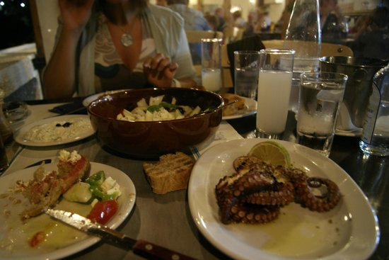 Despina Taverna: One of the delicious meals (Grilled octopus is the best!)
