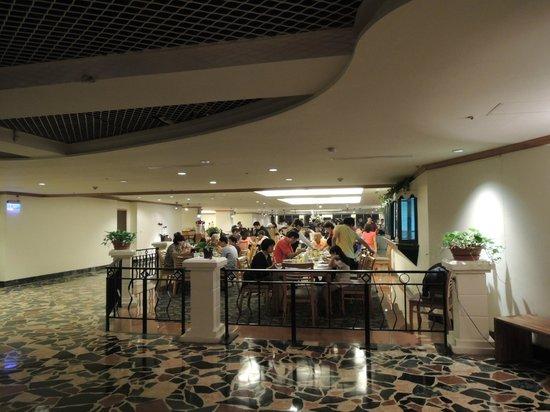 Howard Lake Resort Shihmen Dam: dinner