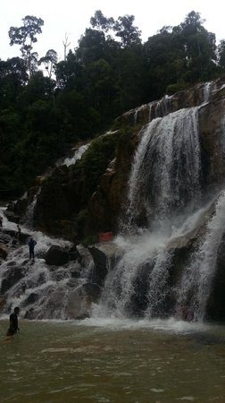 ‪Sungai Pandan Waterfall‬