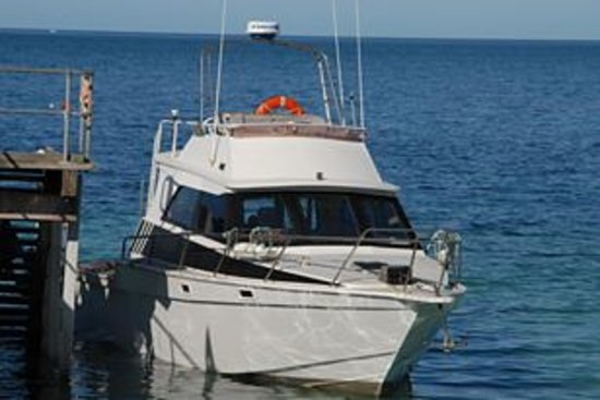 ‪Emu Bay Fishing Charters - Private Charters‬