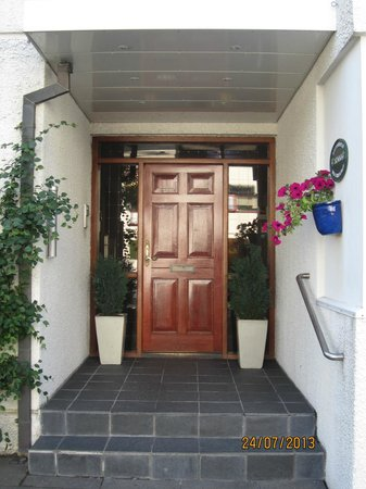 Guesthouse Sunna : The entrance
