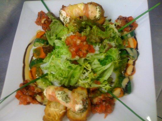 Au Raisin Gourmand : Salade de chevre chaud au miel