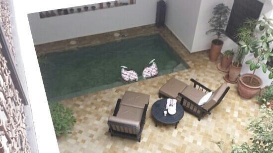 Riad Danka : la piscine vue des chambres
