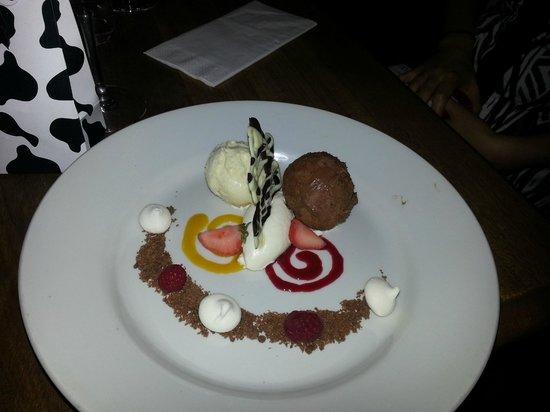 The Boot Inn: White and Dark Chocolate Parfait