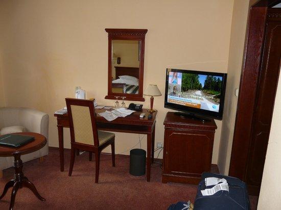 BEST WESTERN PLUS Hotel Meteor Plaza: HABITACIÓN