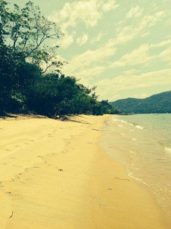 Pousada Praia da Camiranga : Deserted beach all to ourselves