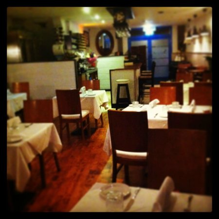 Simoncelli's Ristorante Italiano: Simonecelli's downstairs restaurant area