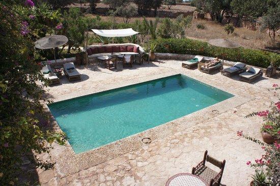 Les Jardins De Villa Maroc : Piscine très au calme