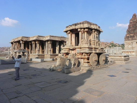 Hotel Hampi International: Stone Chariot, Vijaya Vittala Temple, Hampi