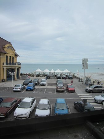 Hotel des Bains: View from the room 1