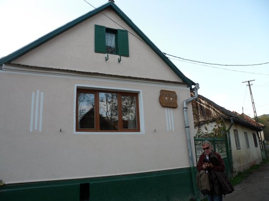 Secret Transylvania Guest House: Casa Verde, a ten minute walk from the main house (depending on who you holiday with!).