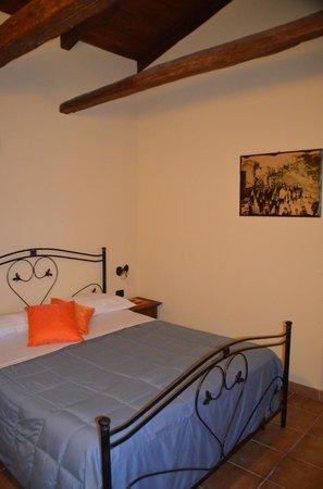 La Casa Nella Prateria : Das Zimmer war sauber und liebevoll im Landhausstil eingerichtet.