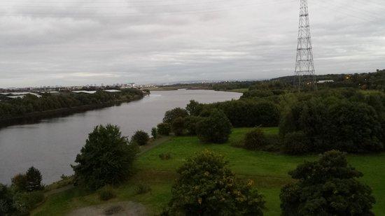 Erskine Bridge Hotel: braw view