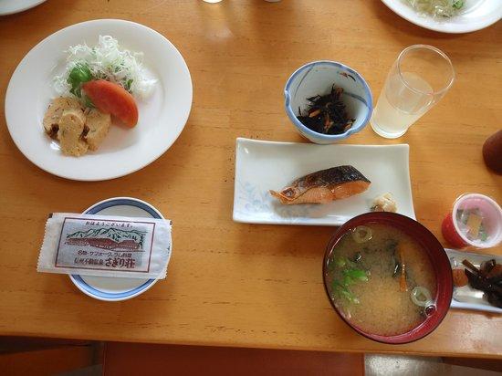 Shinshufudo-onsen Sagiriso: 朝飯はしょぼーい