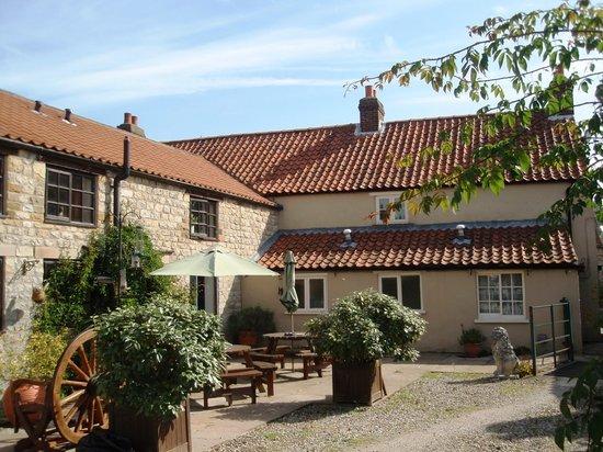 The Moors Inn: Exterior
