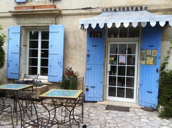 Le Bel Oustau : The restaurant