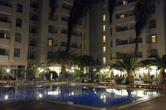 The Panorama Hill: Pool side at night