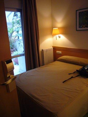 Hotel Zaragoza Plaza: hab 103