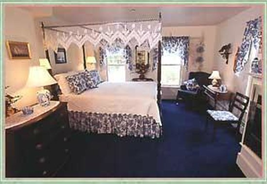 Bradford, NH: Thomas Jefferson Suite