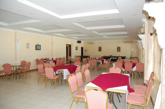 Hon Trem Resort & Spa : Dining @ Games