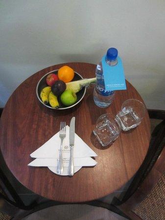 Trou aux Biches Beachcomber Golf Resort & Spa: Fresh fruits