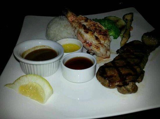アベニューステーキアンドロブスター, Sirloin  Lobster tail