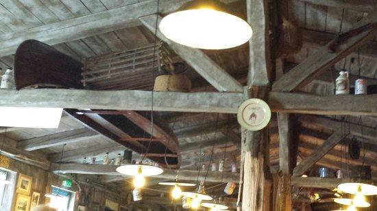 La Cabane du Trappeur: Au plafond