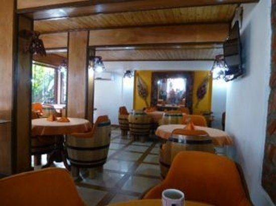 Petit Hotel Si Mi Capitan: Sala colazione.