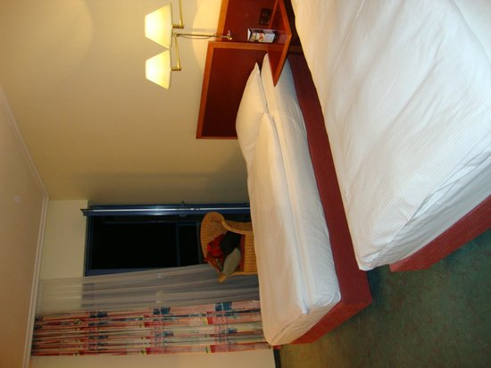 NH Prague City: Twin bed room